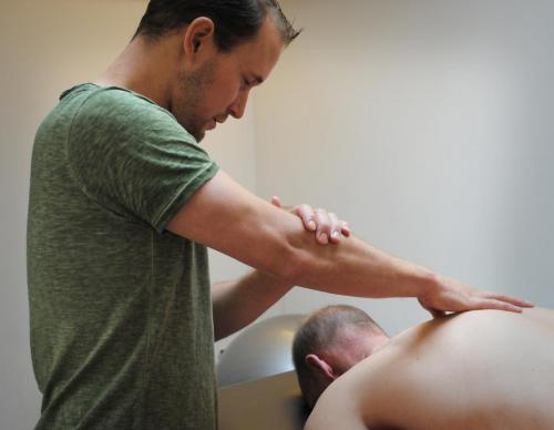 Fysiotherapie & Cesartherapie Bussum behandeling 7